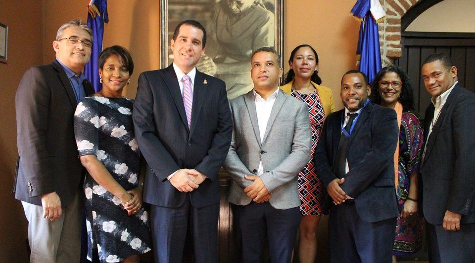 FDD y Aldeas Infantiles SOS República Dominicana firman acuerdo impulsará progreso de jóvenes